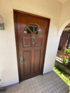 古くなったドア